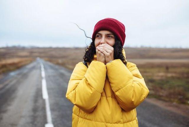 Jak zadbać o nasze dłonie zimą?